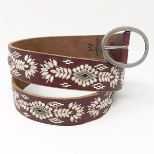 Lucky Brand Embroidered Leather Belt Medium